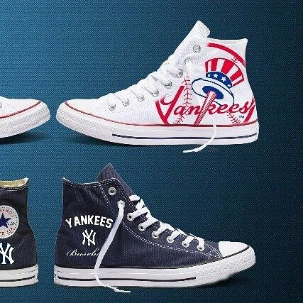 2cbe8706e44df Converse custom for big NY Yankees fan . . Converse customozado para ...