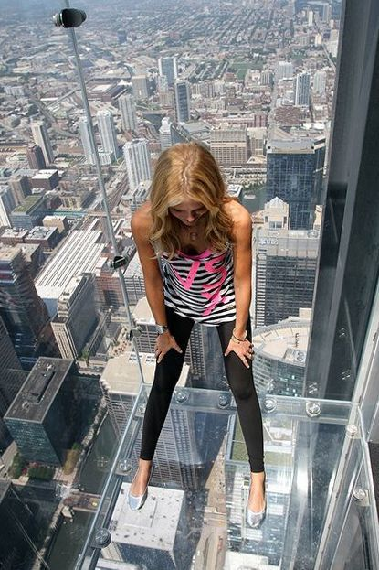 Best Rooftopper S Selfies Very Dangerous Extreme Sport Part 53 Sears Tower Bucket List Chicago