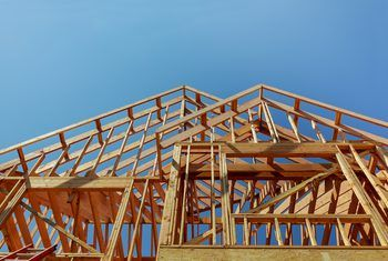 Most Affordable Way To Build A House Exposed Rafters Building A House Roof Construction