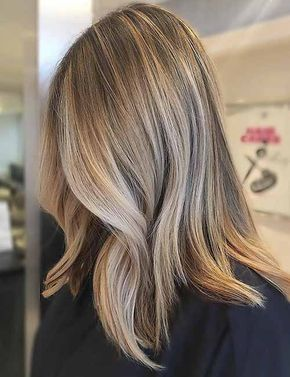 Brown Lob With Blonde Highlights Hair Color Light Brown Hair Styles Brown Hair With Highlights