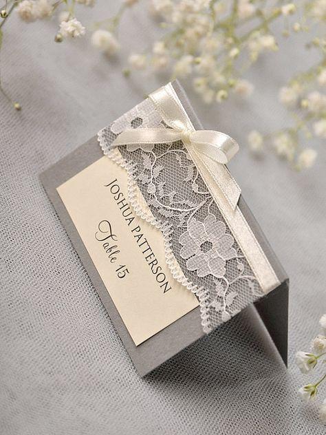 Grey Lace Place Card, Vintage Tented Tischkarten, Spitzen Escort Karte, Name, Kegeln Tischkarten