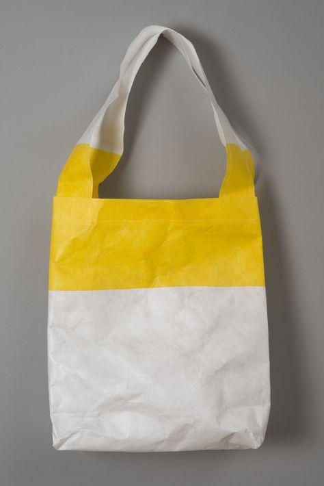 Units per case: 48 White//Black Cruiser Tote Bag