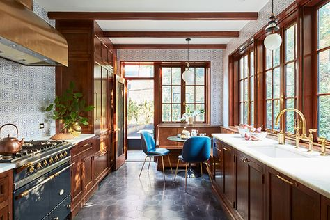 Creative Cuisine - A 1900s Park Slope Limestone That Perfectly Blends Traditional And Modern  - Photos