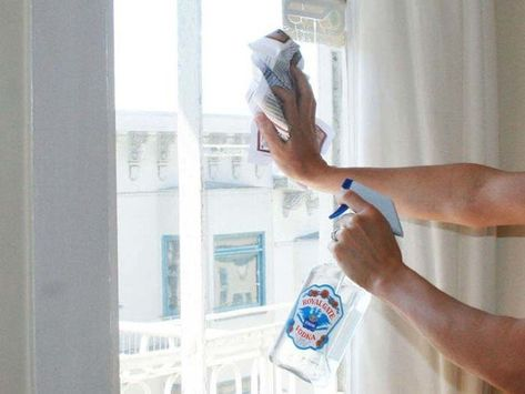 Rubber Glazen Douchedeur.Homemade Window Cleaner Is The Best Window Cleaning Solution