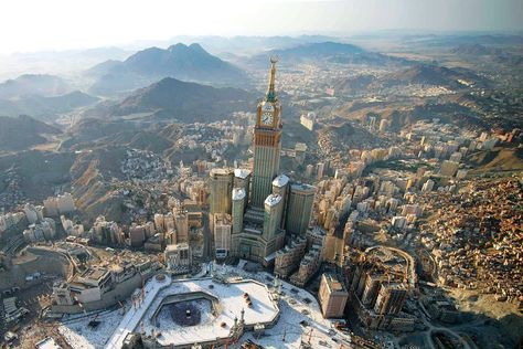 The holy city of Mecca dominated by the Royal Clock Tower Hotel [1600x1067]