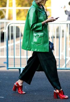 How To Wear Green Jacket Casual Street Styles Ideas