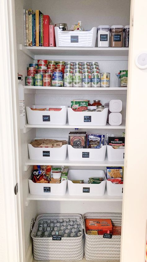 Pantry-Organisation My virtual customer killed it! 🙌🏼 Source by christopheberl The post Pantry-Organization appeared first on My Kitchen Decora Small Pantry Organization, Kitchen Organisation, Bathroom Organization, Bathroom Storage, Kitchen Storage, Organize Small Pantry, Small Pantry Closet, Organized Pantry, Pantry Ideas