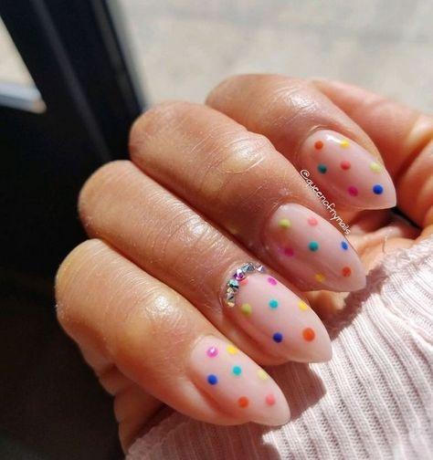Chic nails with colorful polka dots Nails - acrylic nails - coffin nails - natural nails - Source sh Ten Nails, Dot Nail Designs, Chic Nail Designs, Art Designs, Creative Nail Designs, Design Art, Polka Dot Nails, Polka Dots, Nail Art Dots
