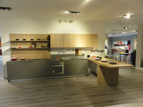 Pin by Del Tongo Kitchens on Retailer's Showroom | Home