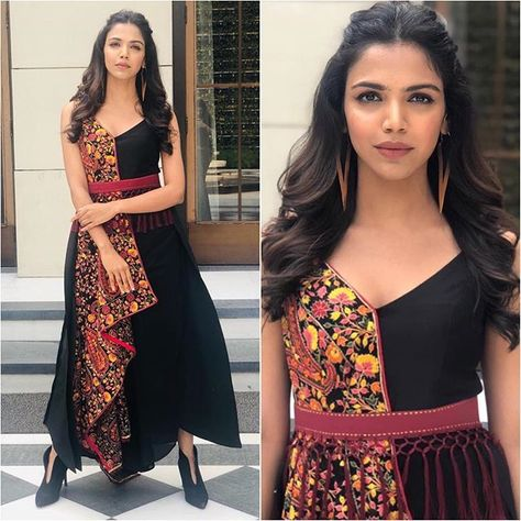 @shriya.pilgaonkar Outfit - @aditiguptaofficial Shoes - @zara Styled by - @shreejarajgopal #bollywood #style #fashion #beauty…