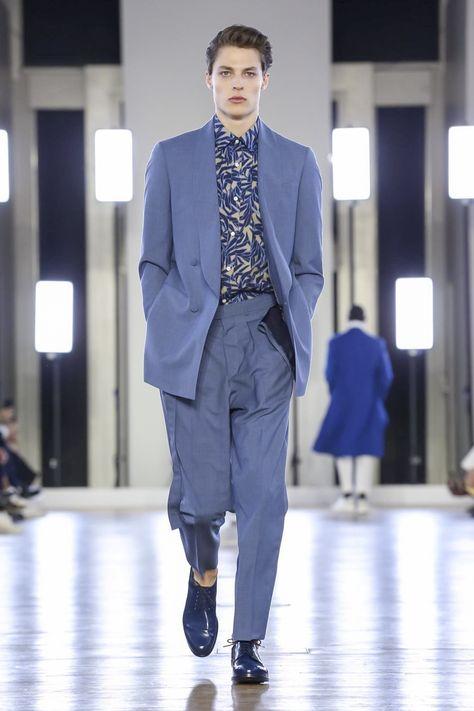 Cerruti 1881 Fashion Show Menswear Spring Summer 2018 Collection in Paris