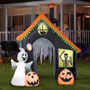 Todd Lowe 2020 Halloween Gemmy 9 ft x Lighted Haunted House Halloween Inflatable Lowes.