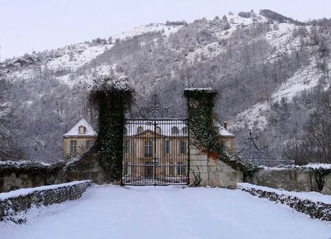 A beautiful frost has settled on @chateaugudanes. Click the link in our bio to see how one couple is renovating the 18th-century French mansion during the winter months. by voguemagazine