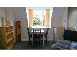 Powys 2 Bed Flat Crickhowell Np8 To Rent Now For 550 00 P M 2 Bed Flat Bed Home Decor