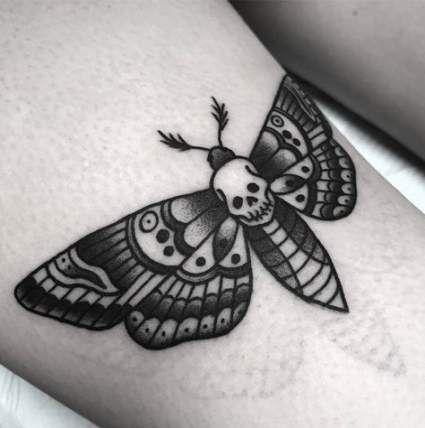 Super Tattoo Traditional Moth Black Ideas Moth Tattoo Traditional Tattoo Traditional Butterfly Tattoo