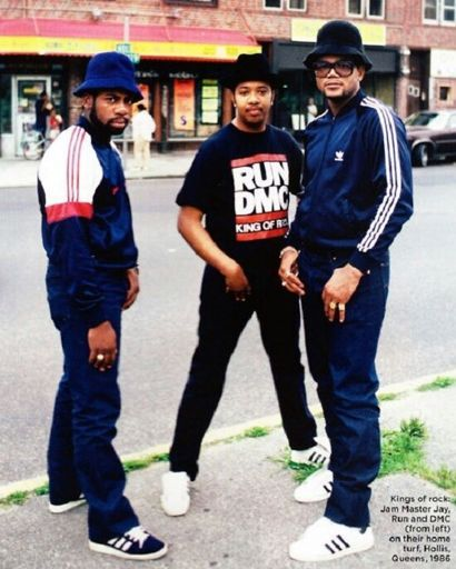 Hip Hop Fashion Originated In The South Bronx With An Athletic Street Solo Dance Style Known As Break Danci Hip Hop Fashion 80s Hip Hop 90s Hip Hop Fashion