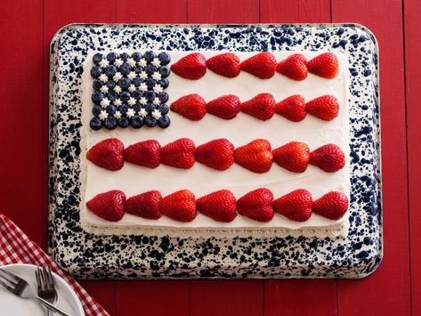 Add a delicioussplash of red, white and blue to your table withthese sweet, summertime treats.