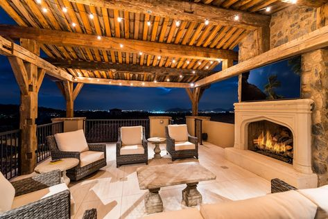 We can't forget about the outdoor living spaces!! #fratantoniinteriordesigners .⠀⠀⠀⠀⠀⠀⠀⠀⠀ .⠀⠀⠀⠀⠀⠀⠀⠀⠀ .⠀⠀⠀⠀⠀⠀⠀⠀⠀ .⠀⠀⠀⠀⠀⠀⠀⠀⠀ .⠀⠀⠀⠀⠀⠀⠀⠀⠀ .⠀⠀ #patio #balcony #hanginglights #bistrolights #cozyvibes #ighome #myhomescene #designbuild #homearchitect #milliondollarhome #daily #exteriordesign
