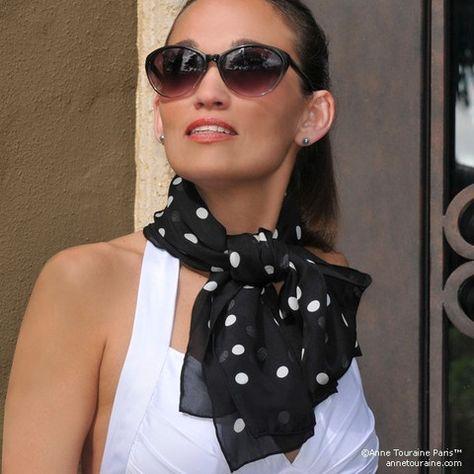 Lunares pañuelo de gasa de seda blanco y negro, forma oblonga. Ligero y fácil de atar. Bufanda por ANNE TOURAINE Paris ™ (2)