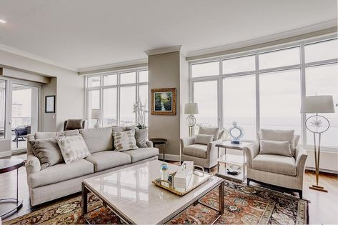 825 N Prospect Ave 1601 Milwaukee Wi 53202 2 Beds 2 5 Baths In 2020 Bedroom Dimensions Area Rug Placement Milwaukee