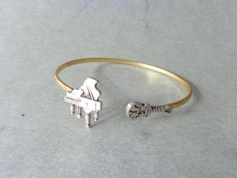 Bridesmaid gift music bracelet gold bracelet graduation gift musical gold bracelet gift for her Guitar bracelet guitar jewelry