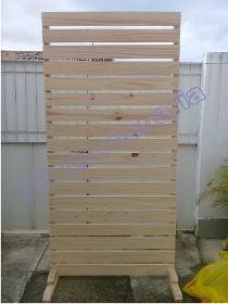 Painel De Pallet Com Pes Para Decoracao 2x2 R 280 00 Com