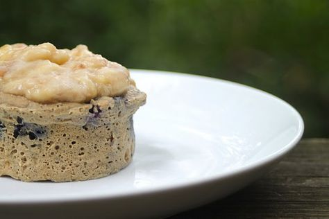 Blueberry Microwave Muffin with Banana Topping