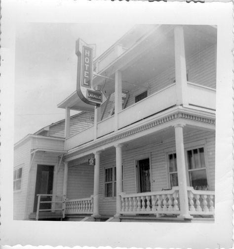 Ancien Hotel Lasalle Au 63 Avenue Gagne Au Debut Vers 1950 Roberval Lac St Jean Avec Images Lac Villa Saguenay