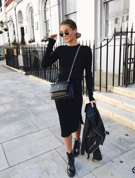 Total black outfits