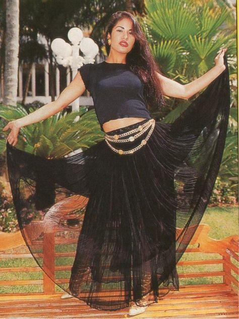 5211981c selena quintanilla fashion | Fashion of Yesterday and Today: Selena  Quintanilla Perez, The Latin