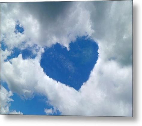 Heart-shaped Cloud Formation Metal Print by Detlev Van Ravenswaay