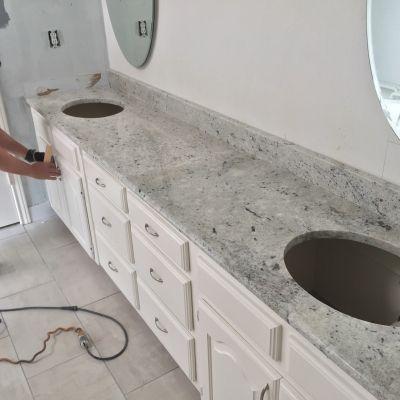 Colonial White Granite White Cabinets Backsplash Ideas Inspiration For Kitchen Rem Kitchen Counter Decor Backsplash For White Cabinets Kitchen Cabinet Remodel