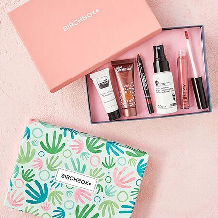 Beauty Box Subscription For Women Makeup Subscription Boxes Beauty Box Beauty Boxes Monthly