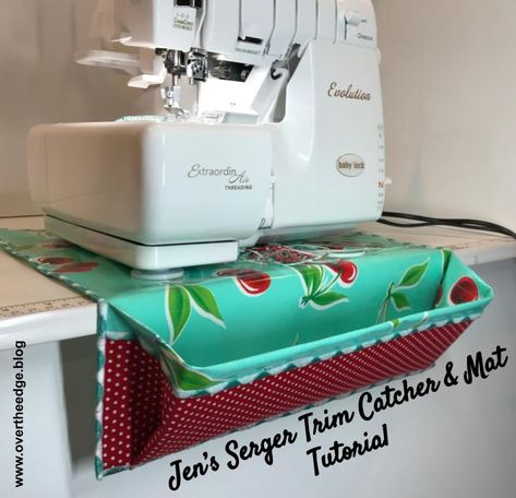 Jen's Serger Trim Catcher & Mat Tutorial will guide you through the steps for making your own serger trim catcher using your serger. Bernina Serger, Serger Thread, Serger Sewing Projects, Sewing Projects For Beginners, Serger Patterns, Easy Sewing Patterns, Thread Catcher Pattern, Mug Rug Tutorial, Sewing Room Design