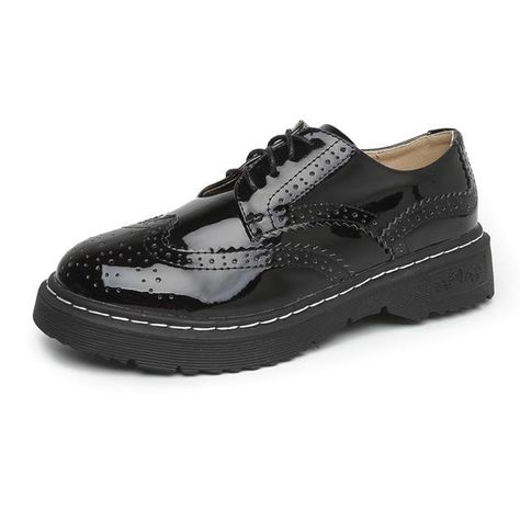 0242b9c423ef Women Platform Shoes Woman Brogue Patent Leather Flats Black Lace Up  Footwear Female Flat Oxford Shoes For Women Big Size 33-43