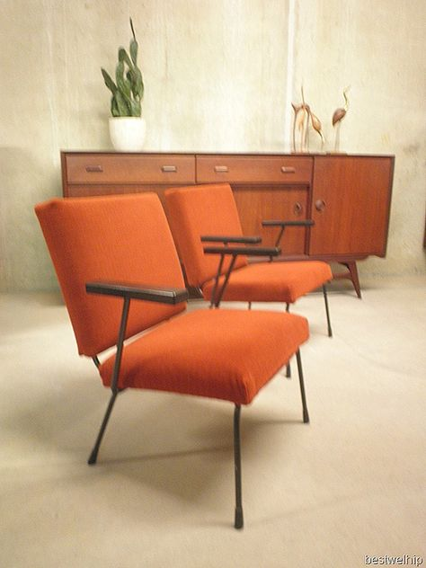 Gispen 1407 Fauteuils.Wim Rietveld Stoel Fauteuil Chair 415 1407 Gispen Vintage