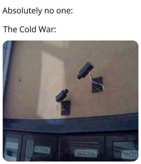 """55 Funny History Memes - """"Absolutely no one. The cold war. All Meme, Stupid Funny Memes, Funny Posts, Funny Stuff, Hilarious, History Jokes, Funny History, Women's History, British History"""