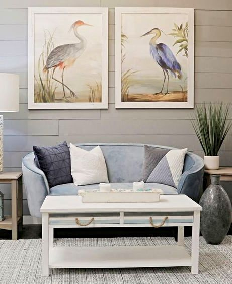 Simple Stylish Coffee Table Ideas For Coastal Style Decorating