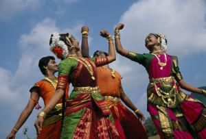 6 Top Kerala Onam Festival Attractions (with Dates): Onam Week