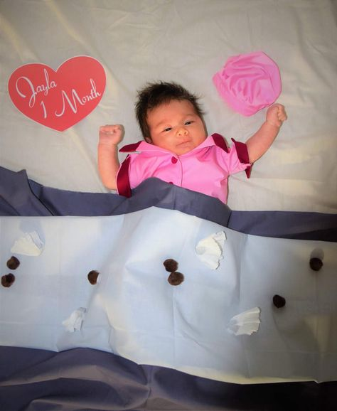 I Love Lucy Job Switching Baby Monthly Shoot