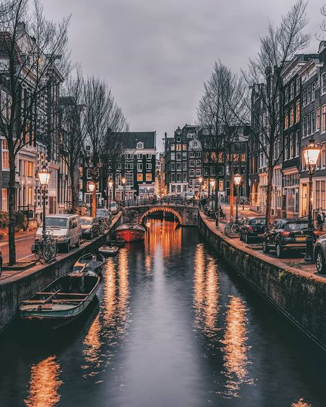 Called by numerous as Holland, the city of Amsterdam is the most visited center in the Netherlands. Recent stats have actually shown that more than million tourists are coming to check out Amsterdam annually. Places Around The World, The Places Youll Go, Places To See, Around The Worlds, Visit Amsterdam, Amsterdam Travel, Amsterdam Art, City Aesthetic, Travel Aesthetic
