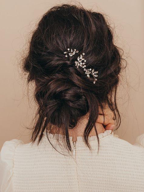 Hudson Crystal Hair Pins (Set of - Wedding and Bridal Hair Pins – Olive + Piper Bridal Hair Pins, Wedding Hair And Makeup, Hair Makeup, Romantic Wedding Hair, Whimsical Wedding Hair, Short Bridal Hair, Wedding Party Hair, Messy Wedding Hair, Easy Wedding Updo