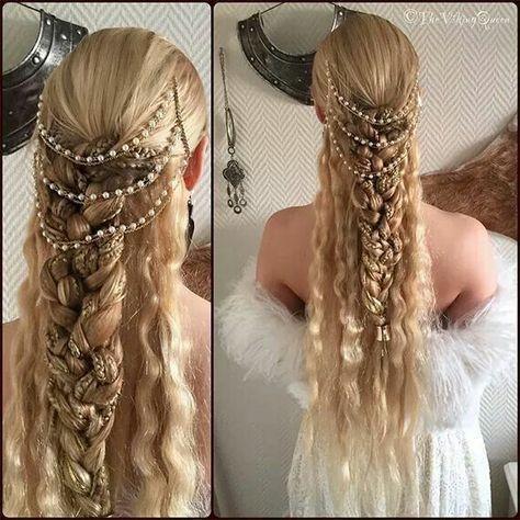 34 Ideas Womens Hair Styles Viking In 2020 Renaissance Hairstyles Viking Hair Hair Styles