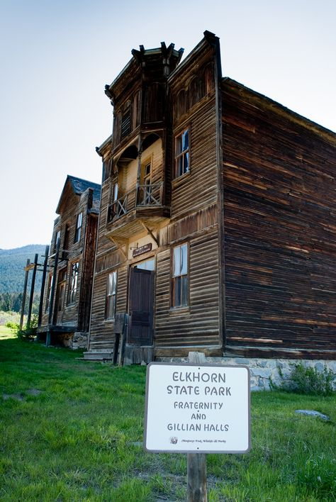 Abandoned Montana Gold Rush Towns Sit In All Their Ghostly Glory Photos Elkhorn State Park Abandoned Places Ghost Towns Haunted Places