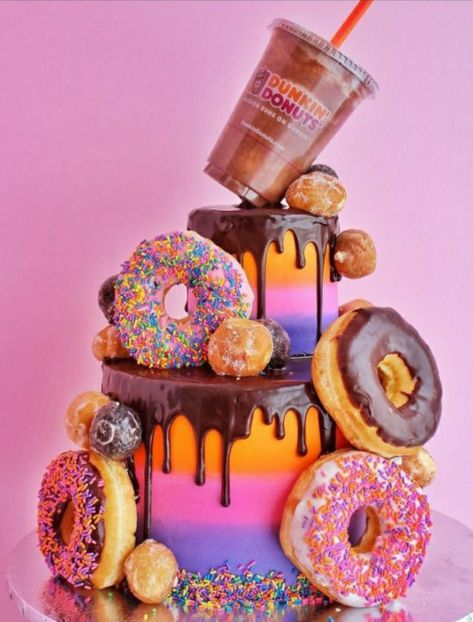 Candy Birthday Cakes, Donut Birthday Parties, Birthday Cakes For Teens, Beautiful Birthday Cakes, Candy Cakes, Pretty Cakes, Cute Cakes, Yummy Cakes, Dunkin Donuts Cake