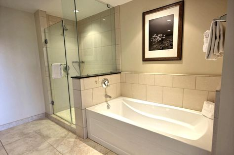 Master Bathroom Is A Extra Large With Separate Bathtub And Gled In Shower