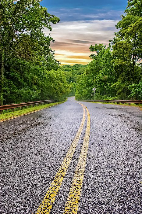 We Ve All Seen These Types Of Images The Road Curving Or Running Straight Into An Unkno Beautiful Roads Trail Running Photography Photoshop Digital Background Best road background images hd