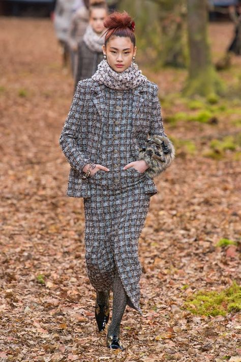 All of the best looks of the Chanel runway collection from Fall 2018 Fashion Week