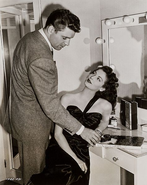 "Burt Lancaster y Ava Gardner en ""Forajidos"", 1946"