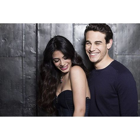 SnapWidget | These two are too cute for words. #Sizzy #Shadowhunters